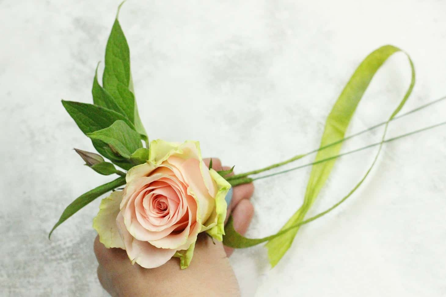 boutonniere, diy flower arrangements