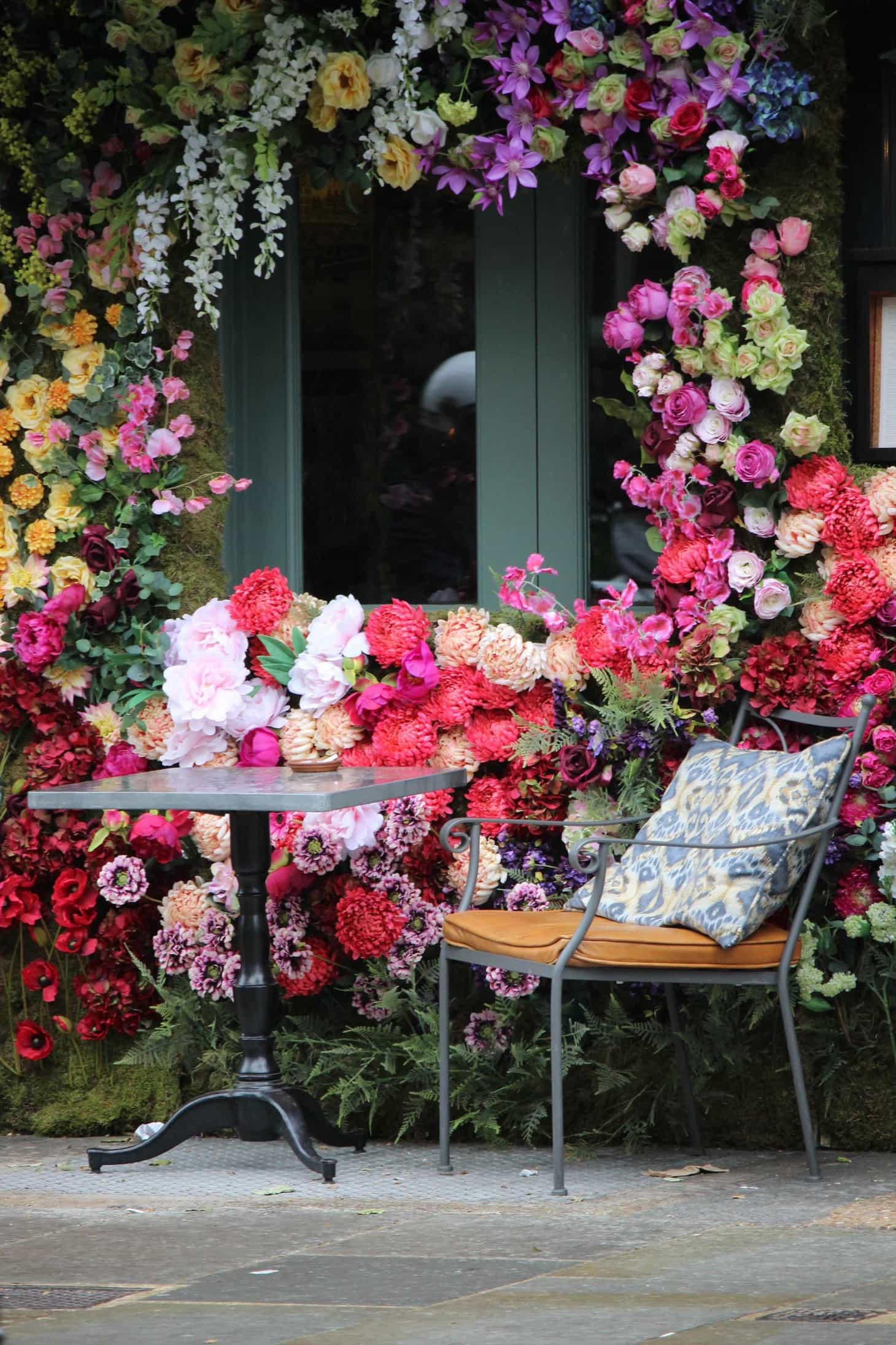 most instagrammable places across the London during the Chelsea flower show, chelsea in bloom, belgravia in bloom, RHS, 2016, The Ivy Chelsea Garden