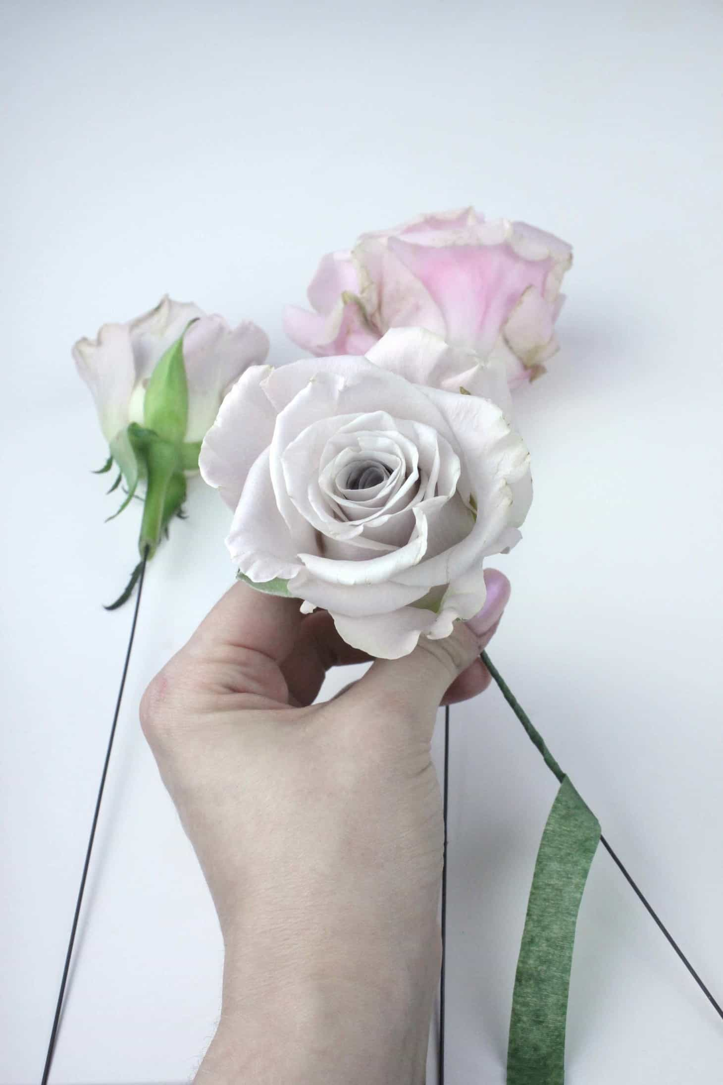 How to wire flowers like a florist - The Smell of Roses The Smell of ...